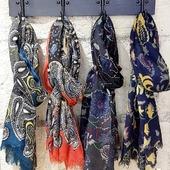 #foulard #echarpe #colorful #mixte #atelierfandb @atelierfandb #laine #soie #accessoires  Disponibles à la boutique L'INSOLENT  6 rue Chaperonnière  Angers #angersmaville💕 #angerscity #angers