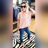 #reouverture #fashionstyle #colorful #behappy #havefun #stripes #rayures  . . @seventyofficial  @showroom.sophie.tanguy  @chlo_lvqe